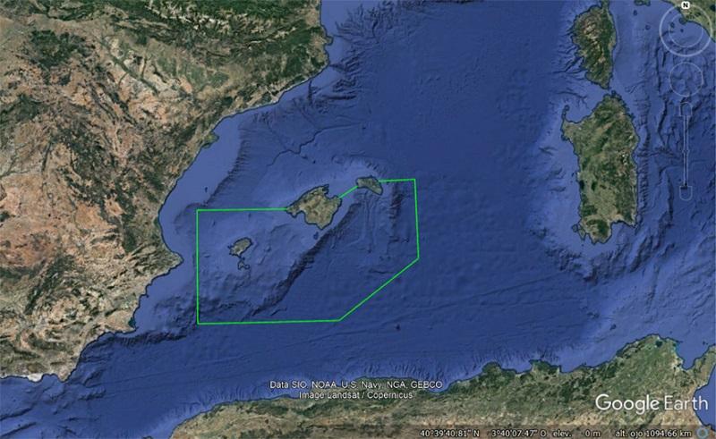 Mapa satélite del santuario sugerido por Greenpeace y Adena WWF para proteger esta área de reproducción del atún rojo en torno a las Islas Baleares en el 2009.